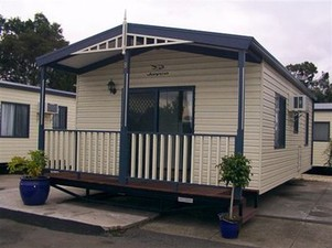 Honey Hush Caravan Park, Long term and short term accommodation